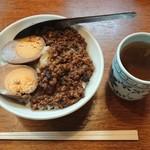 台北 - 魯肉飯 ¥500-