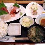 心の羽 - 料理写真:心の羽 @佐野 ランチ刺身定食 1,000円