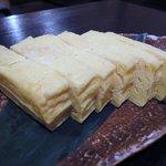 博多一番どり 居食家あらい - 厚焼き卵 ¥523