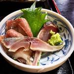 102524726 - 鰤  鰹たたき  鯖