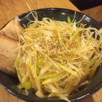 つけめん 桜坂 - 料理写真:ネギ飯