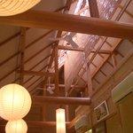 10253849 - 高い天井の梁。