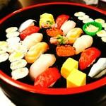 居酒屋すみれ - コースの握り寿司
