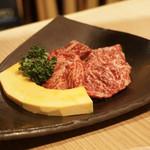 ファイティングマン - 『特選飛騨牛ハラミ タレ』¥1,380円 少し旨味が薄いかなという印象。もう少し味が濃い方がいいかなという印象。