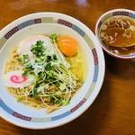 102552923 - 油そば(660円)