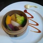 102555273 - 三浦の朝どれ野菜蒸し