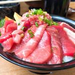 102562279 - 特選鮪三昧丼