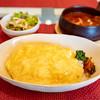 あめいろ・たまねぎ - 料理写真:バターチキンカレー・オムライストッピング