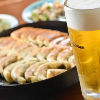 """絶品生ビールやカクテルなど…""""鉄なべ""""にはやっぱり旨い酒!"""