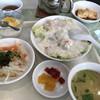 上海 - 料理写真:日替わりランチ レタスの蟹あんかけ