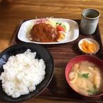 グリルみゆき - ハンバーグ定食 680円