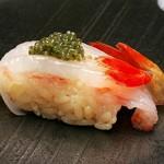 つばさ寿司本店 - 料理写真:ボタン海老