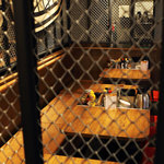 1ポンドのステーキハンバーグ タケル - タケル天満店テーブル席