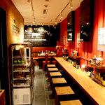 1ポンドのステーキハンバーグ タケル - タケル日本橋オタロード店カウンター