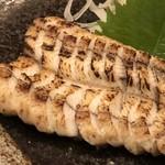 酔店 とーごー - ◆鰻(鹿児島産)の白焼き(一人前:1680円)・・お塩で頂きます。 美味しいのですがスライスが薄いのでもう少し厚目だと、より美味しいかと。