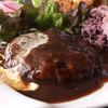 オウミデゴハン ヤミータンク - 料理写真:近江牛入り 手ごねハンバーグ デミソース