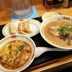 餃子の王将 - サービスランチ700円