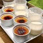 ファリナモーレ - 紅茶のクレームブリュレ、ジャージー牛乳のパンナコッタ