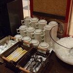 飲茶 居酒屋 香港亭 - お昼のコーヒーと杏仁豆腐は食べ放題・飲み放題