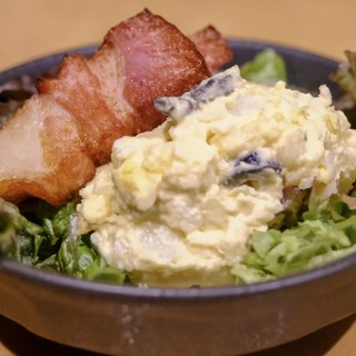 【2種類・のんべぇ・炙りチーズのポテトサラダ】