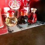 102628381 - 黒いのはバルサミコ酢ではなく醤油です。ご安心を。