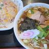 Daihachipechin - 料理写真:チャーハン・ラーメンセット