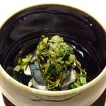 102638519 - 鰆(8日寝かせた品)、揚げ茄子、生姜、上には花山葵