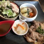 和楽cafe - まぐろの頰肉ステーキ 1000円