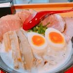 うちのラーメン 我豚 - 料理写真:ド豚スペシャル