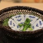 味あら井 - ●菜花とユリ根、そら豆のお浸し