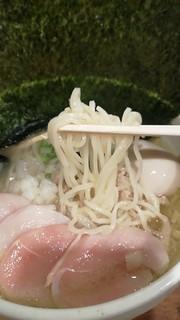 濃厚鶏麺 ゆきかげ - 喉越し良し!