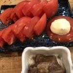 味処 陣屋 - トマトは、マヨネーズでしょ!