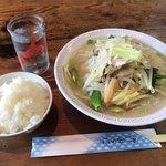 藤吉亭 - 料理写真:チャンポン=520円 小ごはん=120円
