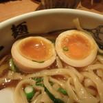 麺屋武蔵 - 味玉断面