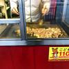 餃子の横綱 - 料理写真:右の鉄板で焼きそばを('19.2月)