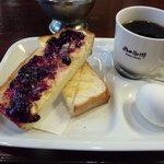 岡田珈琲 - バタートーストですが、ジャムも選択できました