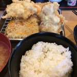 天ぷら さいとう 博多 - 暫し後、ソフトシェル海老&大いか&鶏ムネ&鶏せせりがやって参ります。