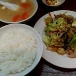 こづち食堂 - 肉野菜炒め+豚汁セット
