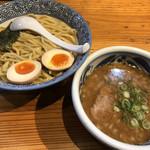 まるげん - 太麺つけそば830円