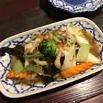 ガムランディー - 野菜炒め