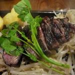 MEAT×WINE BISTRO DOMANNAKA - 牛ハラミステーキ150g