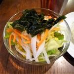 MEAT×WINE BISTRO DOMANNAKA - サラダ(セルフ)