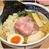 寿製麺 よしかわ - 料理写真:煮干そば白醤油 750円 これ特製じゃなくってノーマルです。