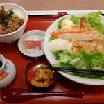 まるまつ - 料理写真:カニカマサラダうどん+ミニばくだん丼