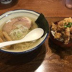 102753463 - 塩ラーメン+唐揚げ丼