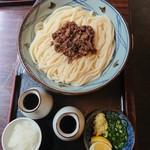 102762780 - すじ肉ぶっかけうどん(冷・大)