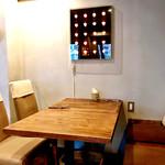 Restaurant 日水土 - テーブル席