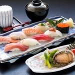 旭鮨総本店 - 料理写真:アワビステーキとにぎり寿司