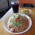 モリヤ - ...「ISONO家のスパゲティー(1250円)」+「大盛り(200円)」、うまい。海鮮具材は少な目、味は凄い。。
