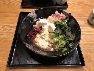 もり平 - 豆腐そば 1100円